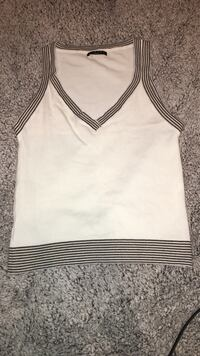 Women's tank top shirt size small  Greenville, 27834
