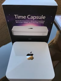 White apple time capsule wi-fi hard drive with box San Francisco, 94103