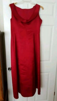Beautiful Evening Satin Dress, Lined, Size14. EXCELLENT condition
