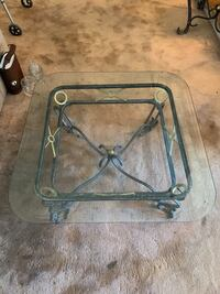 Glass coffee table  Columbia, 21044