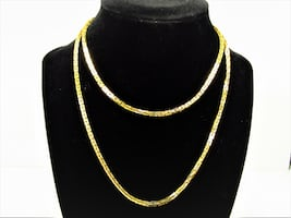 """VINTAGE STAMPED """" NS """" GOLD TONE BOX LINK CHAIN NECKLACE"""