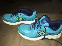 Ladies New Balance Running Sneakers -size 8