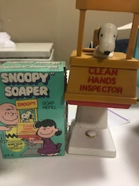 Snoopy soap dispenser with two boxes of soap. Vintage Vienna, 22182