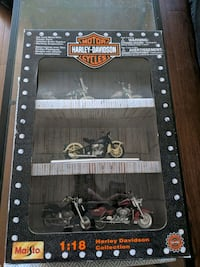 Maisto 1:18 Harley Davidson Collection.  Halifax, B3H 2W3