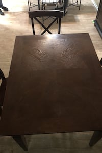 Table + 3 chairs (price negotiable) Costa Mesa, 92626