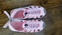 Girls pink Eddie Bauer shoes (size 2) Vienna, 22180
