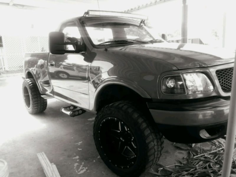 Ford - F-150 - 2002 fe99be5b-0987-422f-8897-d40deee34c5e