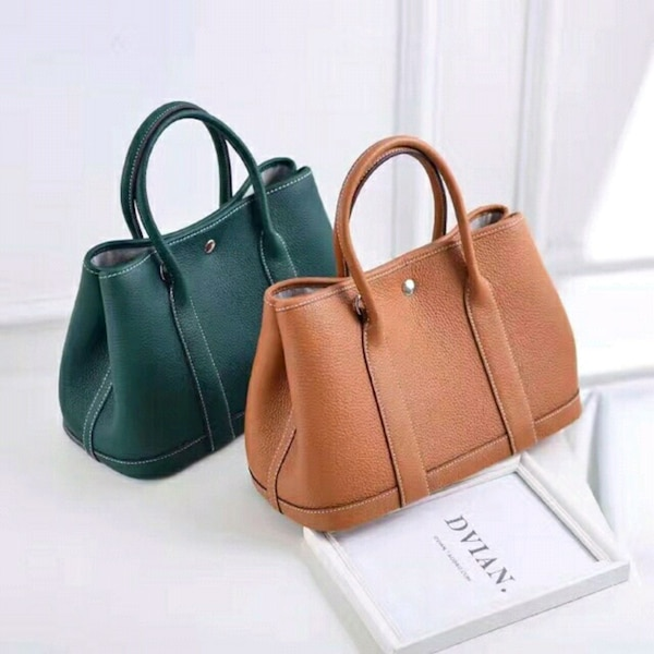 021887dffe61 Used Good Quality leather Hand Sling Bags for sale in Makati - letgo