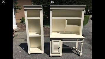 Broyhill Computer Desk, Bookshelf, matching chair Free Delivery