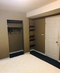 ROOM For a couple kingside bed  Burnaby