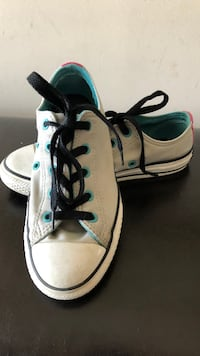 Converse size 2 great condition Vaughan