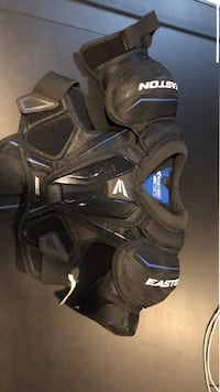 Ice Hockey Shoulder pads Cromwell, 06416