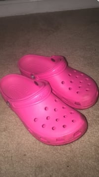 pair of pink Crocs rubber clogs Montgomery Village, 20886