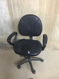 black leather padded rolling armchair New York, 11357