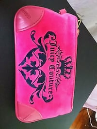 This is a juicy couture coin's purse. Hamilton, 45013
