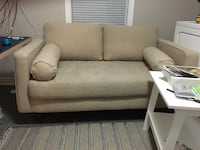 Couch love seat 508 km