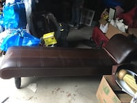 Brown  leather padded sectional sofa Vaughan, L4L 5G2