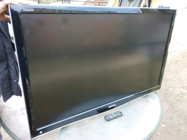 Sharp 46 inch LCD TV with remote control and 3 HDM efd56a3f-15fb-4564-b8a0-09b9afefbb63