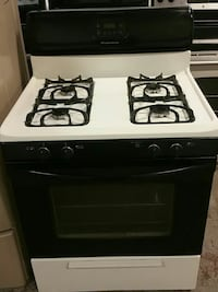 Frigidaire Gas Stove. Free Delivery.  Baltimore, 21230