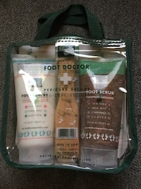 New pedicure kit. $4 pick up Walmart in Papillion 72 and Giles. Bellevue, 68147