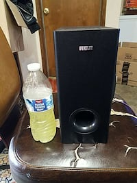 8 Amp small subwoofer Kennewick, 99336