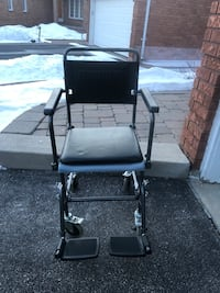 Wheel chair toilet