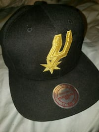 Mitchell & Ness Spurs Hat with Gold Logo  San Antonio, 78259