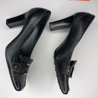 Cole Haan  Black Leather  Pumps Shoes Square Toe Size 8 B  Pre-owned.  Yorba Linda, 92886