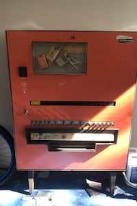 Vintage cigarette machine Fairfax, 22032