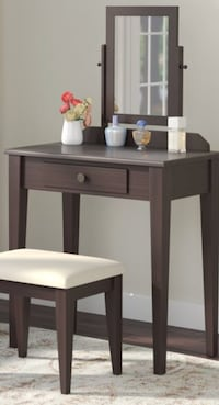 brown wooden single drawer side table Hyattsville, 20781