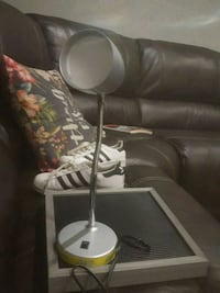 white and gray table lamp Sparks, 89434