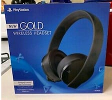 Sony PS4 PlayStation 4 Gold Edition Wireless Headset - New in Box