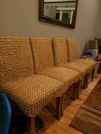 Set of 4 pottery barn wicker chairs