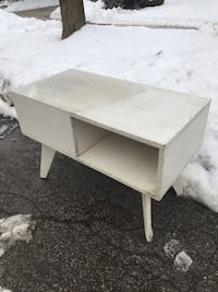 White wooden night table/ side table Toronto, M2R 3V6