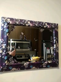 Artistic hand-crafted mirror