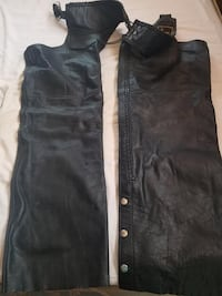 Women's Size L Leather Chaps null