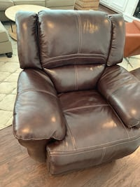 Leather power recliner Chester, 23836