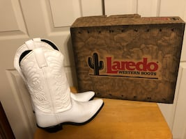 "New - Laredo White Leather ""Rhonda"" Women's Size 8M Cowboy Western Boots, Snip Toe"