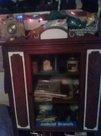 brown wooden framed glass display cabinet Smiths Creek, 48074