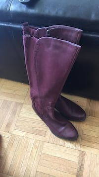 Pair of purple leather knee-high boots Toronto, M6H 4K6