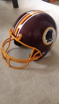 maroon and yellow football helmet Ashburn, 20147