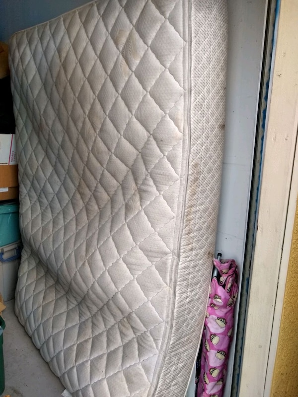 TODAY! Queen Mattress, Box Springs 85789451-93ba-4453-866d-eacd41434a8b