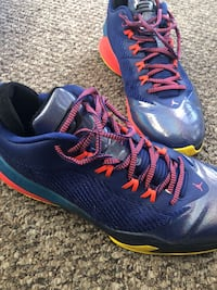 pair of blue-and-red Nike basketball shoes Los Angeles, 91331