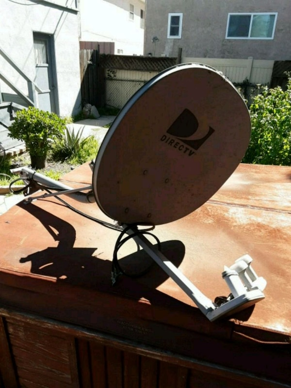 Direct Tv Satellite >> Satellite Dish Direct Tv Brand Roof Or Wall M