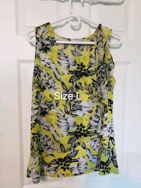 women's yellow and green floral sleeveless dress Windsor, N9G 3B7