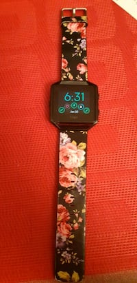 Used Fitbit Blaze (small strap)