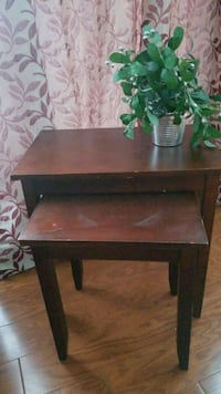 Nesting table set  Centreville, 20121