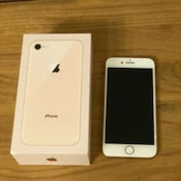 Gold iPhone 8 mit Box 6427 km