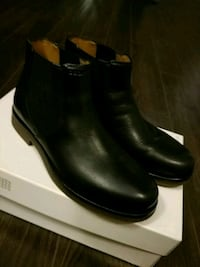 99% new. Men's GEOX leather boot Burnaby, V5G 1E6