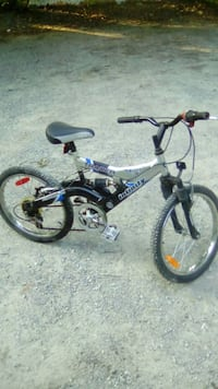 Boys bicycle, 20 inch rims Oshawa, L1H 4J5